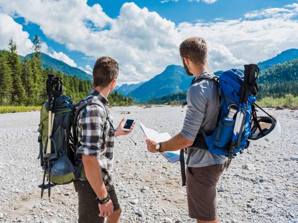 travel-hiking-app