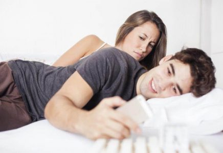 how-to-catch-your-boyfriend-cheating