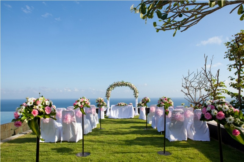 tips-for-luxury-wedding in budget
