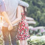 Signs-Your-Girlfriend-Is-Cheating-on-You