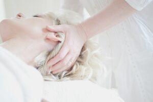 Head Massages - Zoylee